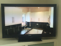 Sony Bravia KDL 40S5500 LCD TV 40in; great audio sound, v good cosmetically
