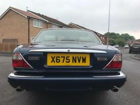 2000 JAGUAR SOVEREIGN 4.0-V8 LWB ** MOT UNTIL 30TH OCTOBER 2018 **