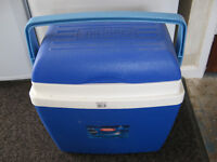 THERMOS 32L COOL BOX