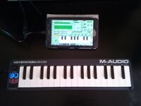 M-Audio MIDI keyboard 32 mini