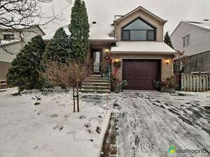 695 000$ - Maison 3 étages à vendre à Brossard