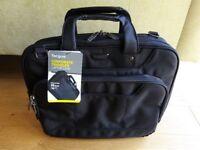 NEW Black Targus Corporate Traveller Laptop Bag