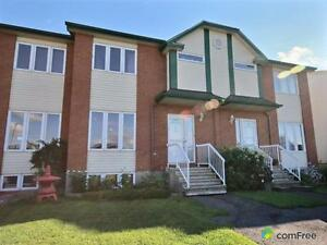 $142,400 - Townhouse for sale in Hawkesbury