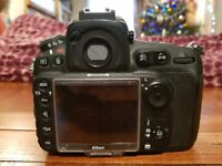 Nikon D810 Digital SLR Black Camera - Body Only - used in good condition