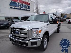 2014 Ford Super Duty F-350 SRW XLT Crew Cab 4x4 - 60,040 KMs