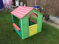 Child's play house - garden Wendy house