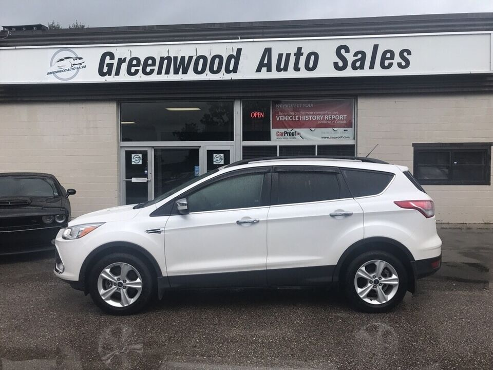 Greenwood Auto Sales >> 2015 Ford Escape Se 4x4 With Alloys And Nice Pearl White In C