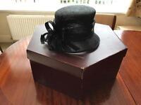 Back hat (inc hat box)