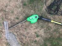 Extending Hedge Trimmer