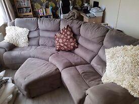 Curved Corner Sofa ( Cat scratch post)