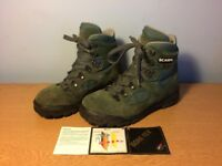 GORE-TEX Scarpa hiking boots size 37 (UK size 4.5)