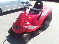 Mountfield ride on lawn mower, 7 height settings, starts and cuts grass well!