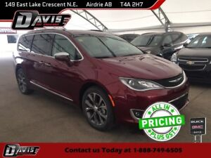 2017 Chrysler Pacifica Limited HEATED SEATS, NAVIGATION, HARM...