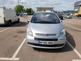 2005 CITROEN XSARA PICASSO. SHOWROOM PERFECT. DRIVES AS NEW. PERFECT FAMILY CAR