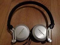 Audio Technica ATH-ES88 Closed-back Dynamic Headphones