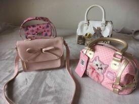 Beautiful girl hand bags X4