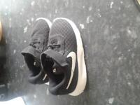 Nike infant 6.5 trainers