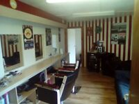 Ladies Hairdressers or similar business for rent in busy shopping area Dinas Powys. £95