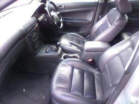 Volkswagen Passat Leather Heated seats