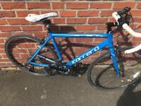 Carrera Zelos Mens Road Bike 56cm NOT trek giant specialized kona