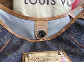 Louis Vuitton galleria ladies bag