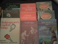 9 X Shakespeare books in good condition £5 the lot