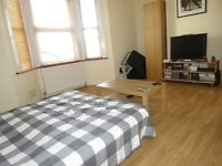 ***All Bills Included*** 1 Bed Studio Apartment In Raynes Park, Available Now !!!!!