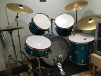 Complete 5 drum Boston drum kit