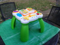 leapfrog activity table Learn & Groove Musical Table for baby/toddler ~FREE LOCAL DELIVERY~