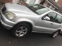 Mercedes ml class petrol and gas 320 year 2001