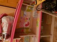 girls doll house open to offers