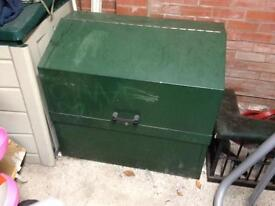 LARGE TOOL/ SITE BOX OPEN TO SENSIBLE OFFERS