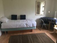 Double & Single Room AVAILABLE NOW
