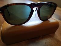 Persol 649 Steve Mcqueen sunglasses with case. Superb condition.