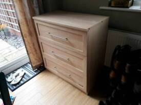 Chest of Drawers excellent condition