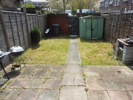 Studio with Garden available in Colindale