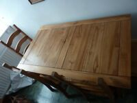 WOOD DINING ROOM TABLE WITH FOUR CHAIRS