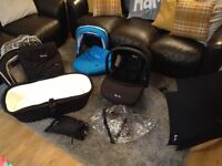 Silvercross complete travel system, excellent condition, plus 2 colour packs. Everything you need!