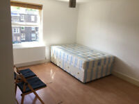 053T-WEST KENSINGTON- DOUBLE STUDIO FLAT, SINGLE PERSON, FURNISHED, BILLS INCLUDED - £200 PER WEEK