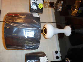 BLACK & WHITE GLASS TABLE LAMP