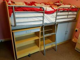 Cabin bed in great condition