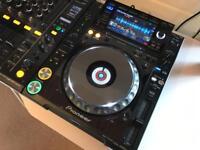WANTED - PIONEER DJ EQUIPMENT - CDJ 2000 NXS2 | DJM 900 Nexus | XDJ 1000 | DDJ SZ