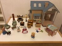 Sylvanian bluebell cottage/furnitures/figures