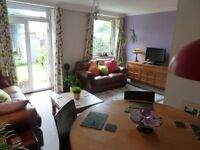 Great location - spacious three bedroom maisonette with sunny garden in the heard of Bethnal Green