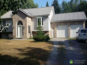 $699,000 - Raised Bungalow for sale in Innisfil