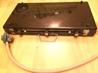 Dual stove camping gas cooker with regulator