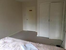 Huge double room to rent (all bill included)