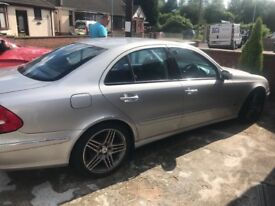Mercedes w class nice price welcome to offer