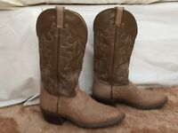 HONDO mid-calf leather cowboy boots. Size 9-10. Bought in El Paso, Texas. Almost new