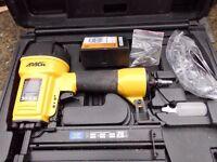 APACH AIR NAILER - ** PRICE REDUCED ** 16 gauge brad & masonry - as new